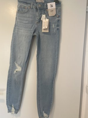 Wasted Look Jeans
