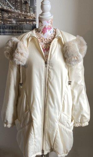Cappotto in eco pelliccia crema-bianco sporco