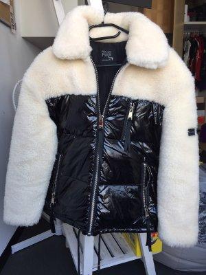 We Love Furs Daunenjacke