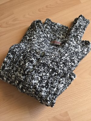 Knitted Vest black-white