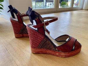 Wedge Sandals dark red