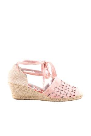 Wedge Sandals dusky pink-cream casual look