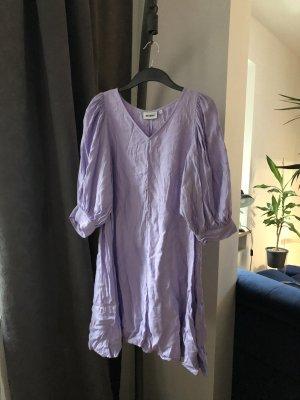 Weekday Kleid 40 Flieder Mtwtfss A-Linie Barock