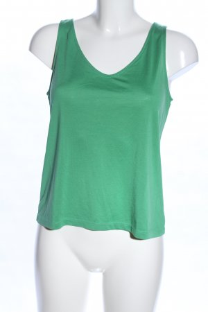 Weekday Camiseta sin mangas verde look casual