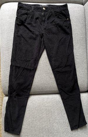 Weiche Cordhose von ZARA in schwarz