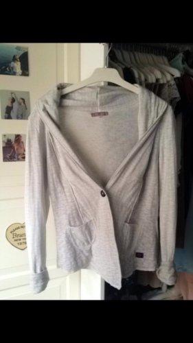 Weiche graue Jacke zum überziehen