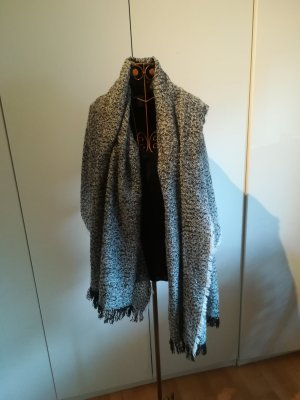 Knitted Scarf white-black polyester