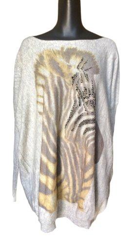 Weicher, langer oversized Pulli mit Zebra-Print