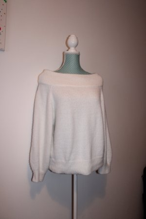 weicher Off-Shoulder-Pullover