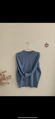 weicher pullover babyblau