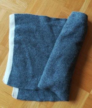 Knitted Scarf grey-cream