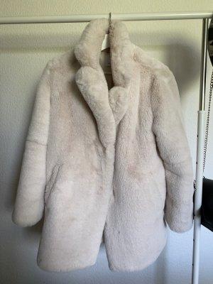 Bershka Płaszcz ze sztucznym futrem w kolorze białej wełny