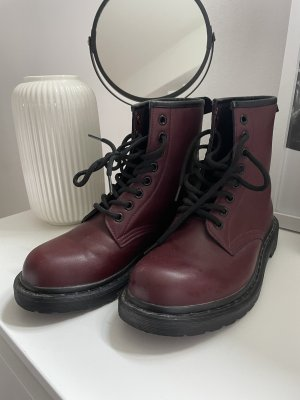 """Weinrote """"Dr.Martens"""""""