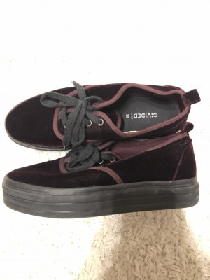 H&M Sneakers met hak bordeaux