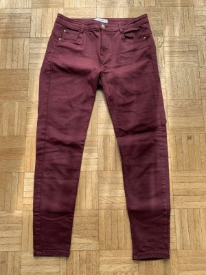Weinrote Stretch Jeans von Pull&Bear