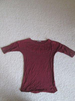 Weinrotes 3/4 Arm Shirt mit Velour Detail und Cutouts
