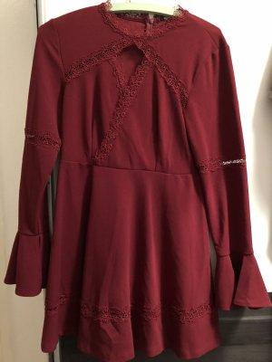 Bohoo Sukienka z długim rękawem bordo-głęboka czerwień