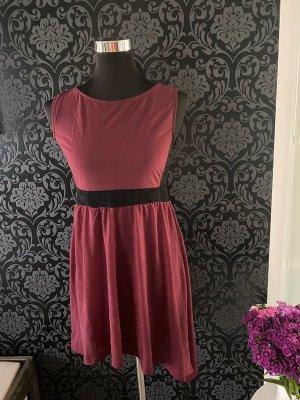 Weinrotes Kleid von H&M, Gr. M