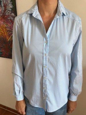 Weiß hellblau gestreifte Bluse
