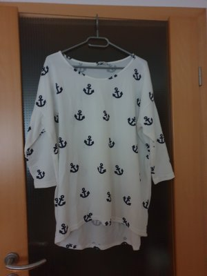 #weiß-schwarzes Shirt #Shirt #Only