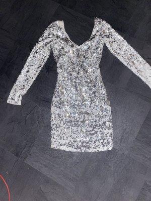 Bershka Cekinowa sukienka biały-srebrny