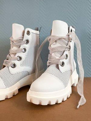 Alpe Bottes à lacets blanc cuir
