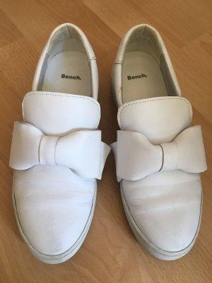 Weiße Bench-Schuhe mit Schleife Größe 39