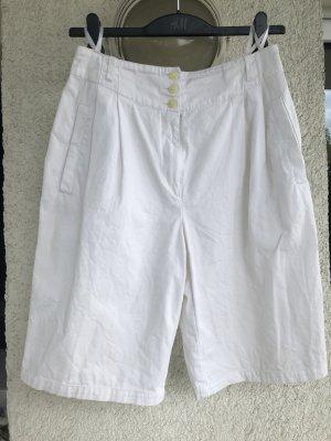 Weiße Bermudashorts aus den 80er Jahren
