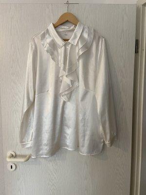 Weiße Bluse im Samtlook