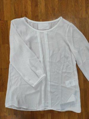 weiße Bluse mit Biesen