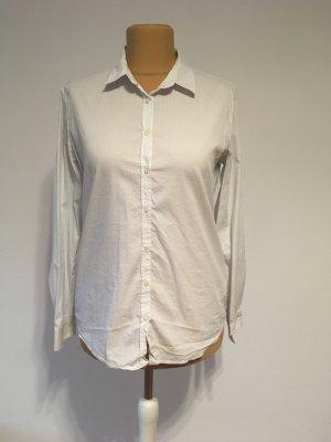 Weiße Bluse mit Punkten