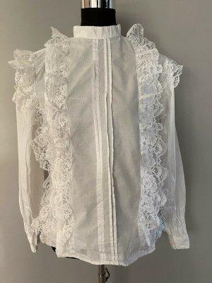 Weiße Bluse mit Rüschen, Gr. 38