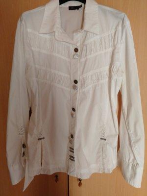 weiße Bluse mit schicken Details