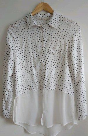 Weiße Bluse mit schwarzen Sternen von H&M