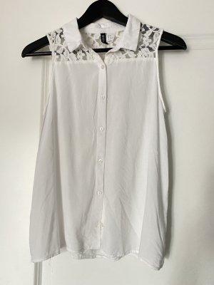 Weiße Bluse mit Spitzenmuster für den Sommer in Größe S / 36