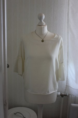 weiße Bluse mit Volantärmeln von H&M