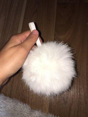 Zara Key Chain white