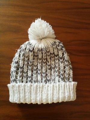 Primark Knitted Hat white-grey
