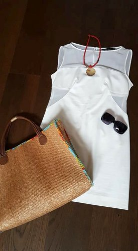 Zara Basic Vestido cut out blanco