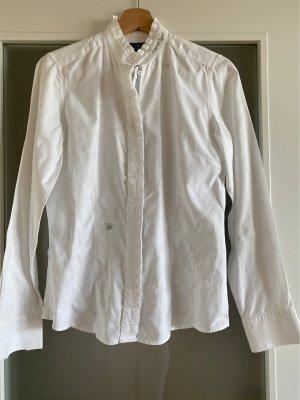 Weiße elegante Bluse mit besonderem Kragen