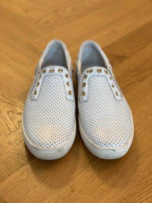 Weiße Guess Slipper