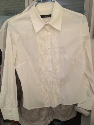 Weiße Hemdbluse