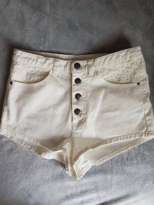 H&M Divided Spodenki biały-w kolorze białej wełny