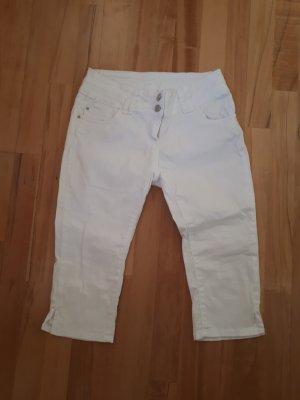 Weiße Hose 3/4 Länge