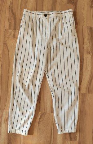 Bershka Pantalone a 7/8 bianco-nero