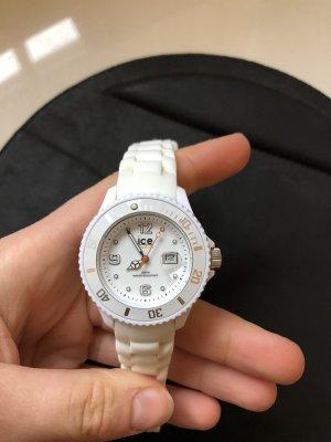 Weiße Ice Watch oft getragen , jedoch keine Gebrauchsspuren.