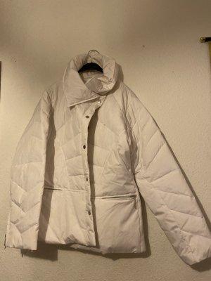 Weiße Jacke für Winter