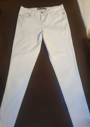 Jeansy ze stretchu biały