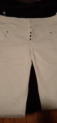 weisse Jeans (High-Waist???) mit Knopfleiste