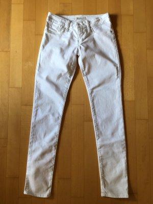 Weiße Jeans von Mavi